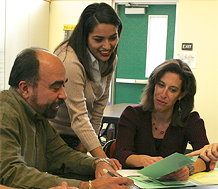 News: photo of teachers working together